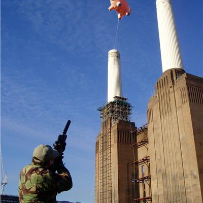 Inflatable Floating Pig over Battersea