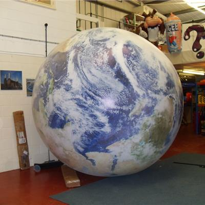 Inflatable fully printed globe