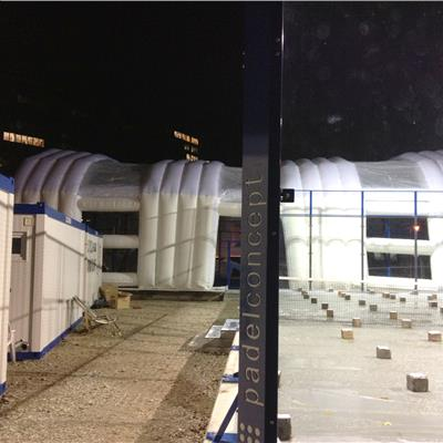 Inflatabel Sports Cover Tunnel to be used as a tennis court